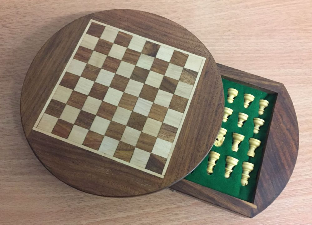 Sheesham Rosewood Handcrafted Magnetic Round Drawer Chess Set Board & Pieces